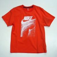 ナイキ スポーツウェアのTシャツ<br>6,090円の30%OFF<br><strong>→4,263円</strong>(UCS)