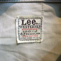 リーライダース同様、<br>ジャケットにはレギュラーと<br>ロングの2タイプあり。<br>こちらはレギュラータイプ。