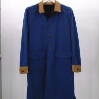 リバーシブルのコート。<br>コーデュロイの切り替え&ボタンで<br>ウェスタンテイストに