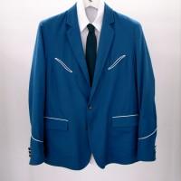 胸ポケットや袖に<br>ウェスタンのディテールを<br>取り入れたジャケット