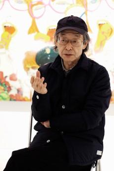 田名網敬一1936年東京生まれ。武蔵野美術大学デザイン科卒。1960年代からメディアやジャンルの境界を横断して、デザイン、イラストレーションといった商業美術の枠に留まらず、アニメーション、実験映画そして絵画、彫刻作品まで幅広く手掛け、現代の可変的なアーティスト像の先駆者として世界中の若いアーティストたちに大きな影響を与えている。また1991年からは京都造形芸術大学教授を勤め、若手アーティストの育成にも貢献。