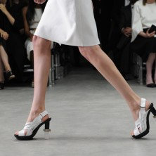 CALVIN KLEIN COLLECTION Presents the Womenユs Spring 2014 Runway Show