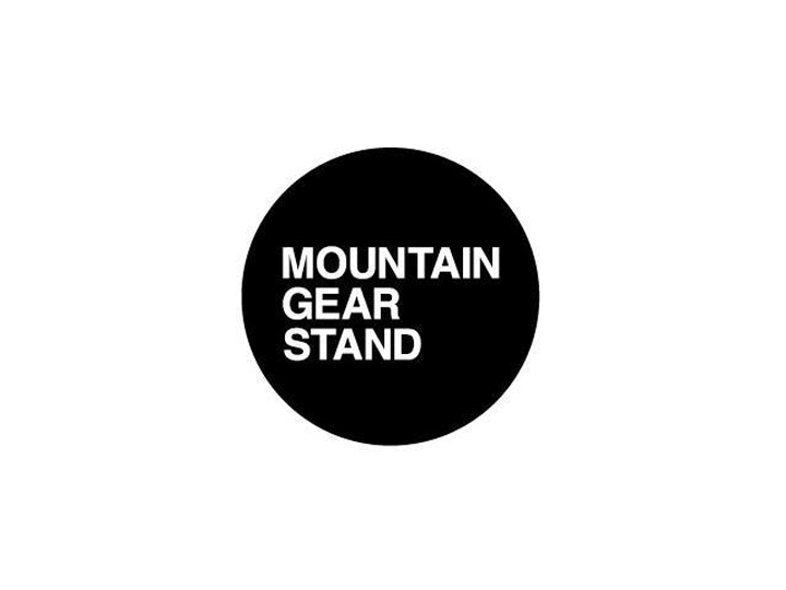 01MOUNTAIN GEAR STAND NISEKOロゴ