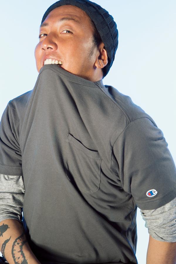 ChampionのTシャツ 1900円 + 税、中に着たBACK NUMBERのTシャツ 1900円 + 税、ウォッチ キャップ 1,500円 + 税