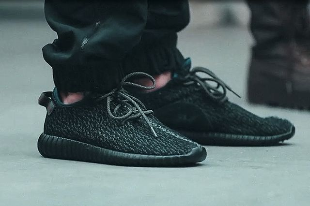 adidas-Yeezy-350-Boost-Low-black-Kanye-West-1