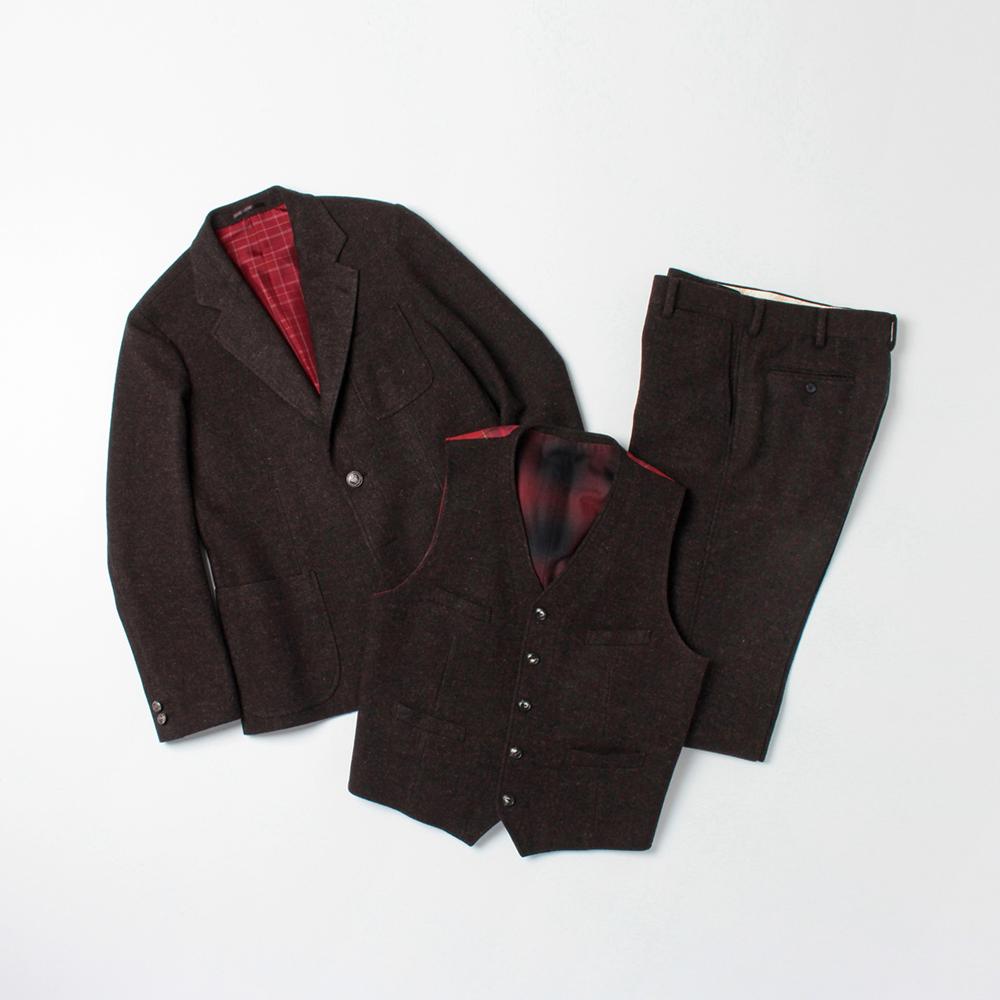 ジャケット 67,000円、ベスト 34,000円、パンツ 29,000円(全て税抜)