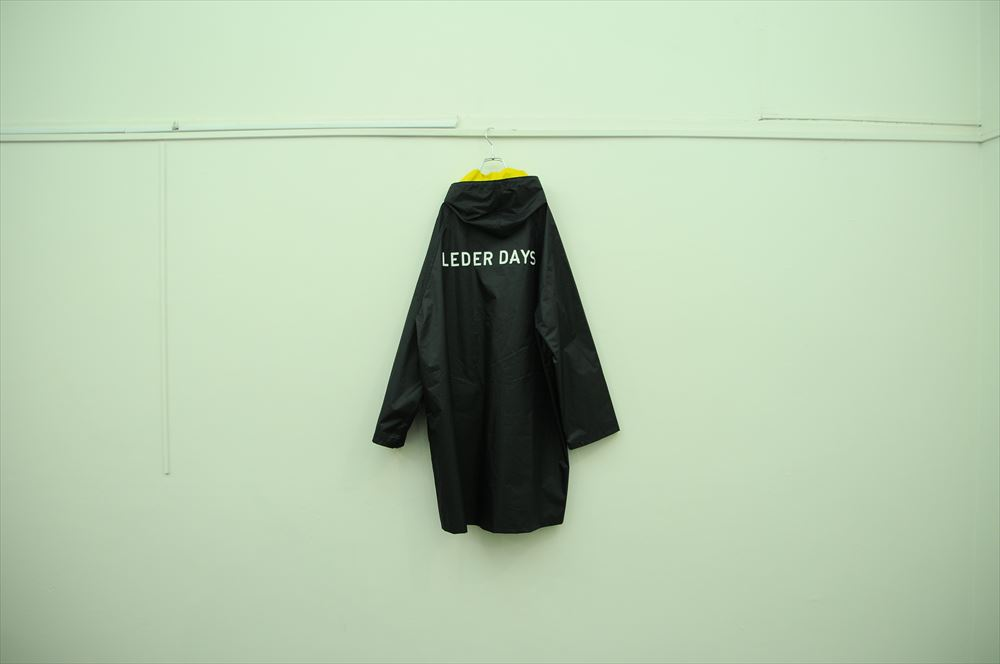 """PVC INNER RAIN COAT """"LEDER DAYS"""" 18,000円 + 税"""
