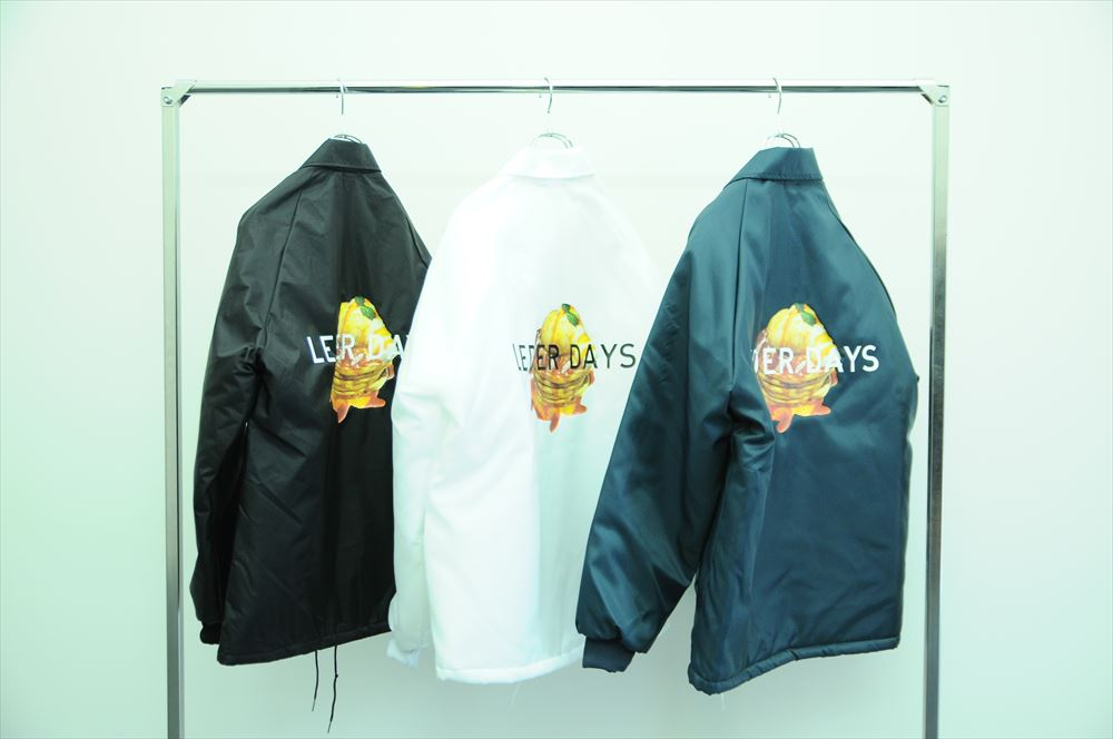 "NYLON COACH JACKET ""PANCAKES"" 各21,000円 + 税"