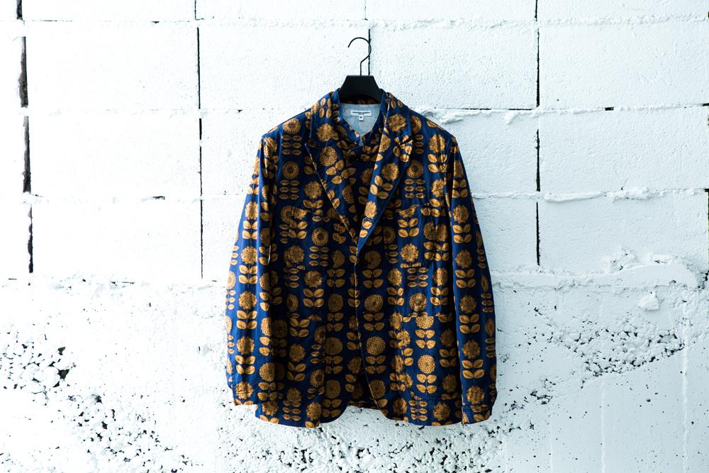 ジャケット 46,000円、シャツ 29,000円(ともに税抜価格)