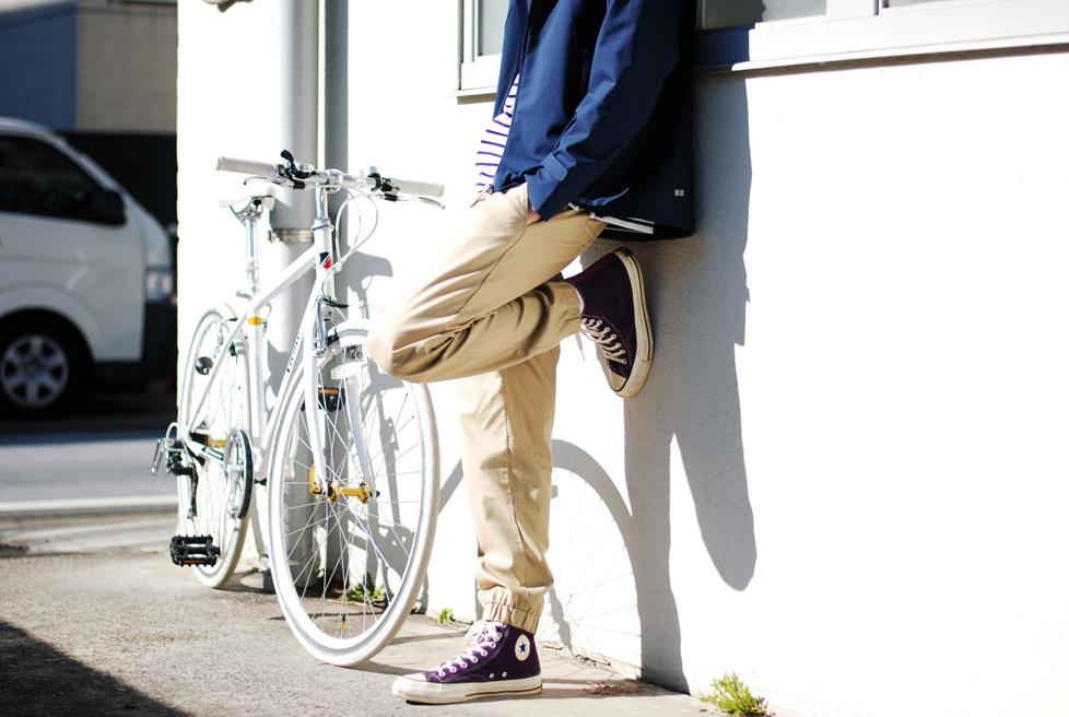 UNIQLOのジョガーパンツ 2,990円→商品の詳細をチェックする