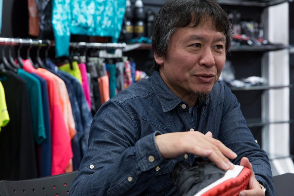 南井正弘スポーツシューズブランドに10年勤務後ライターに転身。ほぼ毎日走るファンランナーであり、日本屈指のスニーカー専門家。