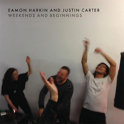 """Eamon Harkin & Justin Carter『Weekends and Beginnings』 ジャスティン・カーターとイーモン・ハーキンによる初のオフィシャル・ミックスCD。Mister Saturday Nightのサンデーアフタヌーンパーティ、Mister Sundayが象徴する""""週の終わりと始まり""""のサウンドトラックとでもいうべき高揚感と心地良さが実に魅力的な一枚だ。"""