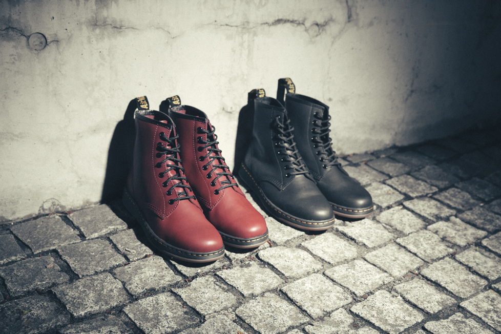 『NEWTON 8-EYE BOOT』 19,000円 + 税