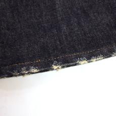 ダメージデニムの裾上げ例。 表側からも裾上げの跡が全くわかりませんが…