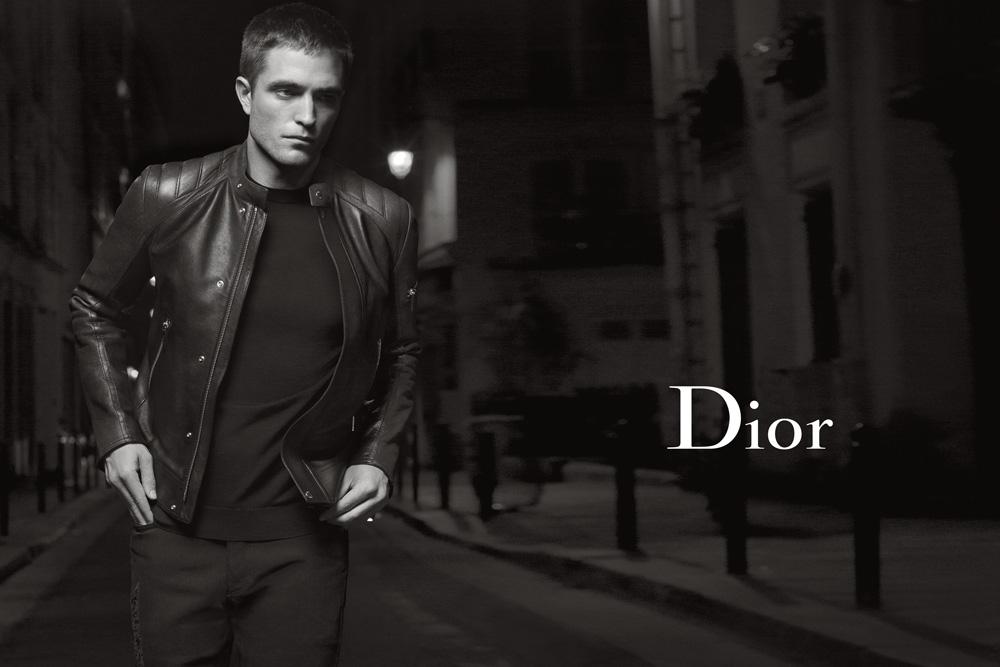 モデルはRobert Pattinson、撮影はKarl Lagerfeld。[DIOR HOMME]がSPRING 2017 COLLECTIONのキャンペーンビジュアルを公開。
