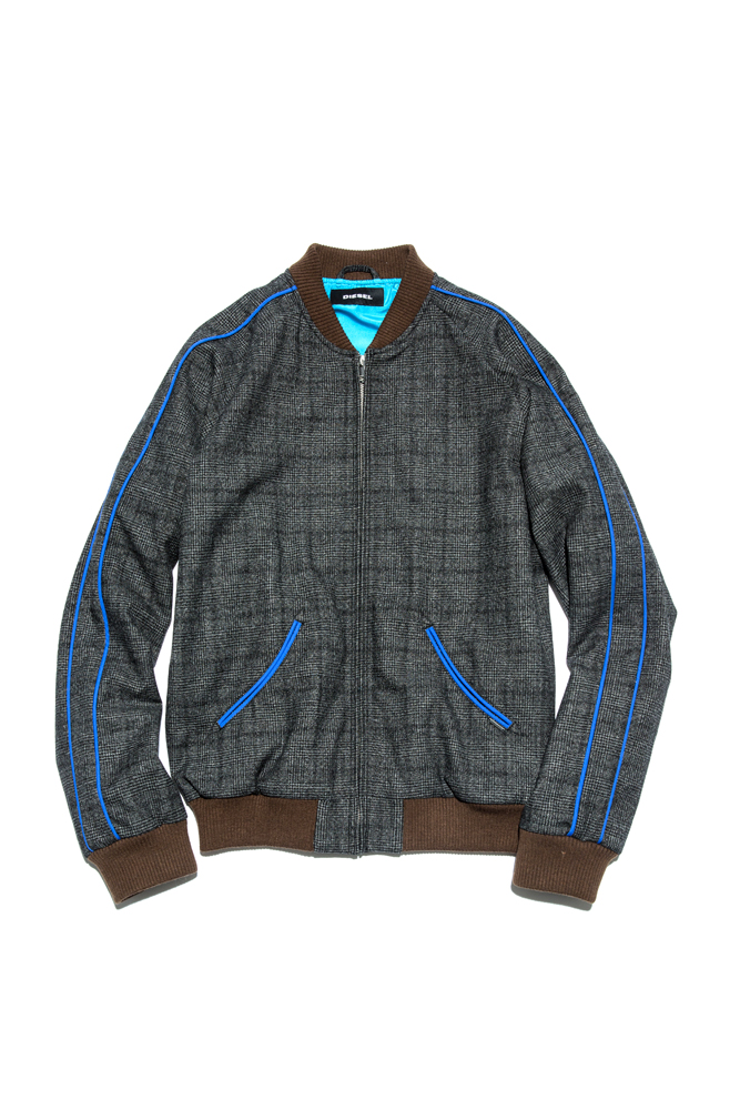 ジャケット 47,000円 + 税 →商品の詳細を見る
