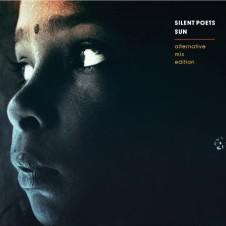 Silent Poets『SUN – Alternative Mix Edition -』 『ANOTHER TRIP from SUN』と同時リリースされた今作は、ミックスとマスタリング、さらにはオリジナルテイクまで加えたという、『SUN』の新装改訂版的な1枚。『ANOTHER TRIP from SUN』同様、マスタリングはエイミー・ワインハウスなども手がけた人気エンジニア、スチュアート・ホークスによるもの。