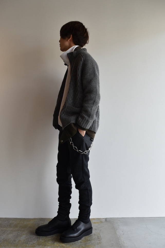 staff 平林 blouson[sacai] CABLE KNIT BLOUSON 76,000円 + 税 inner[DIGAWEL]SIDE ZIP TURTLE NECK 19,000円 + 税 bottoms[SUNSEA]MICRO THERMAL KNIT FLEA MARKET PANTS 34,000円 + 税 accessory[SUNSEA]CLIP WALLET CHAIN 160,000円 + 税 shoes[foot the coacher]COUNTRY MANNER PLAIN SHOES 58,000円 + 税