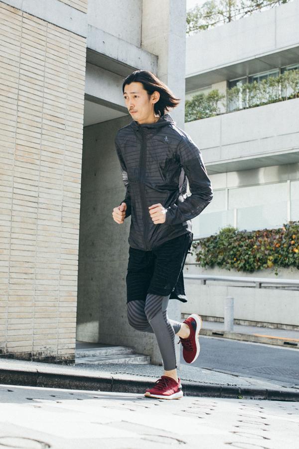 adidasのPureBOOST 16,000円、Snova TOKYO ウインドジャケット 9,990円Snova TOKYO ランニングショーツ 4,490円、Snova TOKYO ロングタイツ 6,990円(すべて税抜価格)
