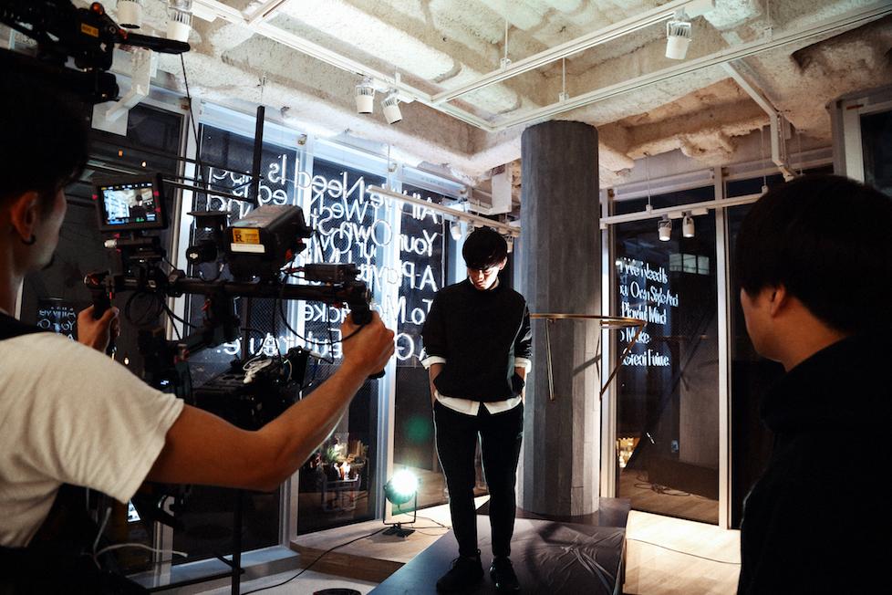 PVの撮影は、まだオープンする前の『STYLE & PLAY GREAT YARD』の店内を使用して行われた。