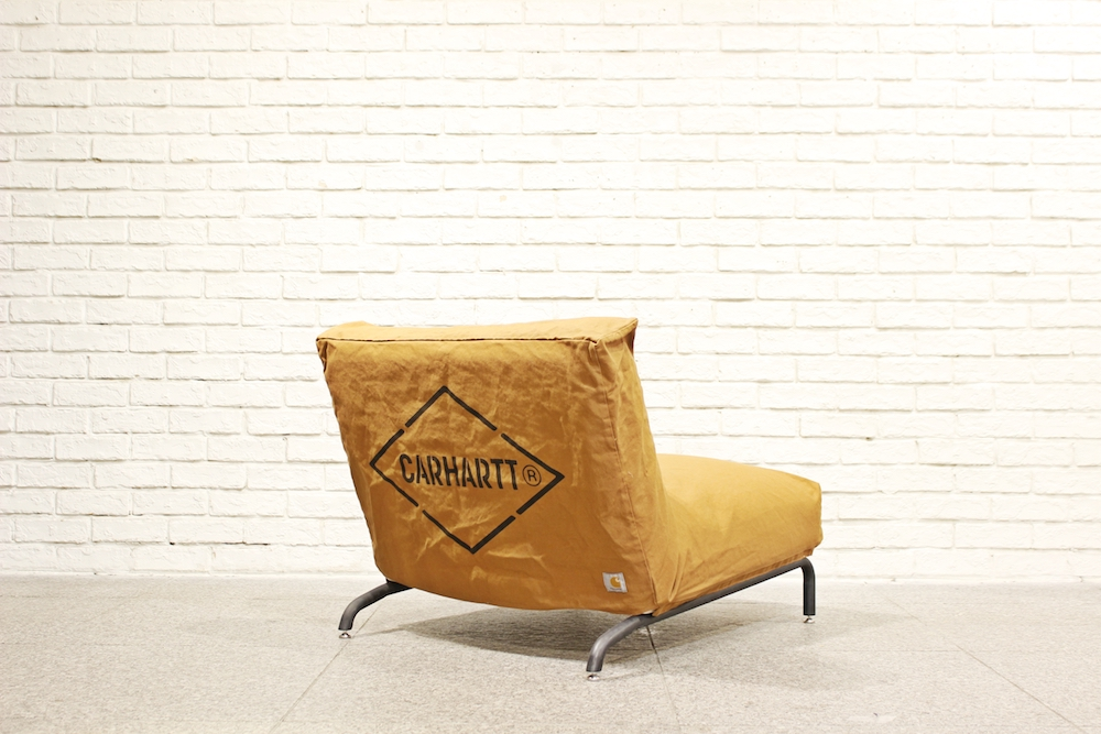 RODEZ CHAIR(本体) ¥38,000円 + 税、RODEZ CHAIR COVER 25,000円 + 税