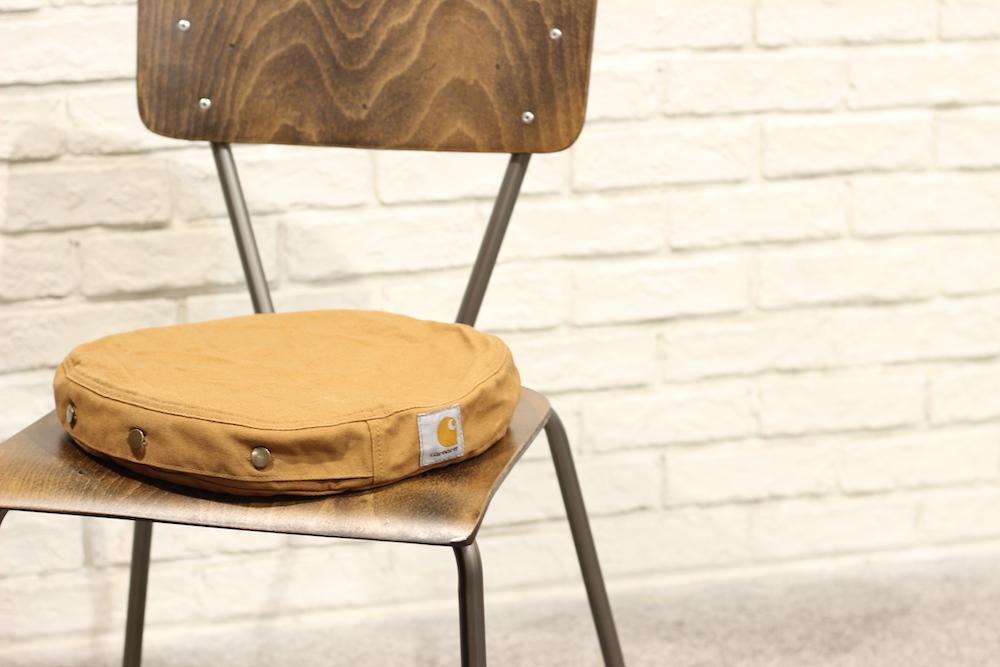 SEAT CUSHION 6,800円 + 税